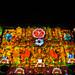 Catedral Oaxaqueña de noche: bordado de Tehuana