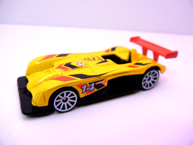 hot wheels holiday 8 packs (12)