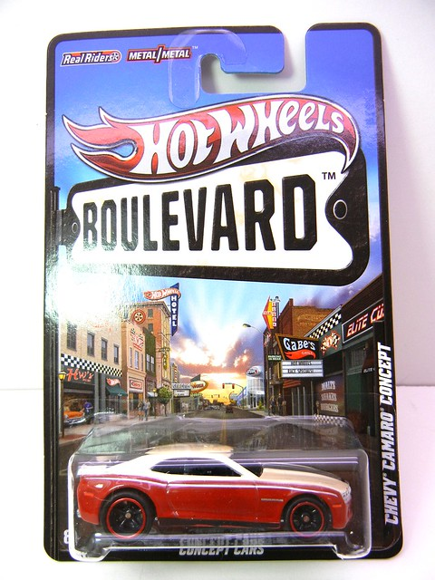 HOT WHEELS BOULEVARD CHEVY CAMARO CONCEPT (1)