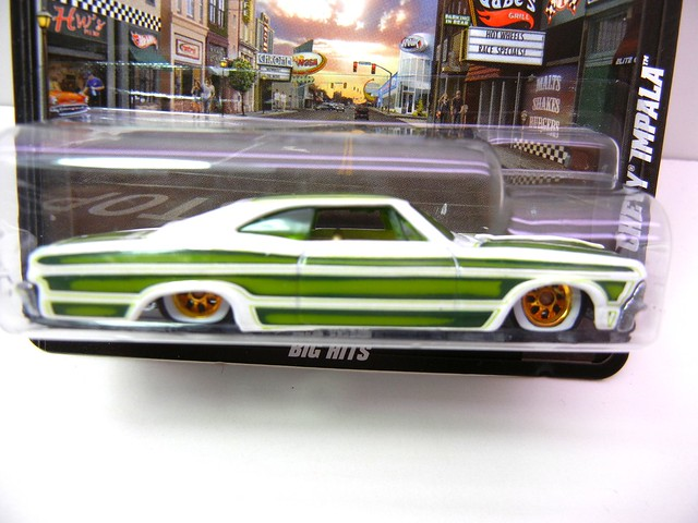 hot wheels boulevard '65 chevy impala (2)