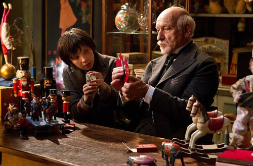 Asa Butterfield and Ben Kingsley in Hugo