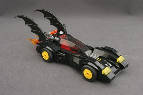 6864 The Batmobile and the Two-Face Chase - Batmobile 1