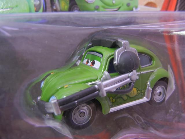 DISNEY CARS 2 KMART CREW CHIEF 2 PACK CARLA VELOSO'S CREW CHIEF (2)