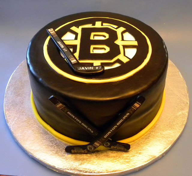Pin Boston Bruins Jersey Cake Swirl Cakes Cake On Pinterest