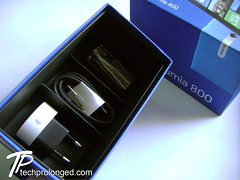Nokia Lumia 800 - Unboxing at Tech Prolonged