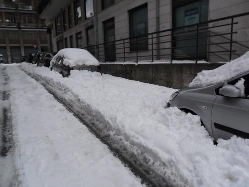 Miracolo! Un posto libero per parcheggiare!