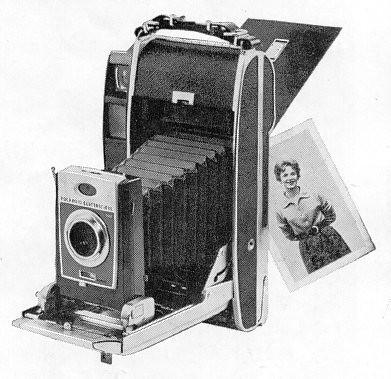 Polaroid_900