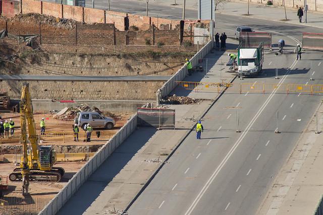 Antiguo puente del Trabajo - Comienzan los trabajos de demolición - 30-01-1256