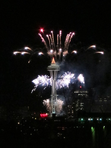 Seattle Space Needle New Years Fireworks 2012