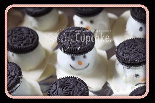 Oreo Coookie Cakeball Snowmanns
