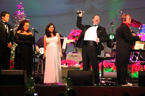 Mannheim Steamroller with Grinchmas cast
