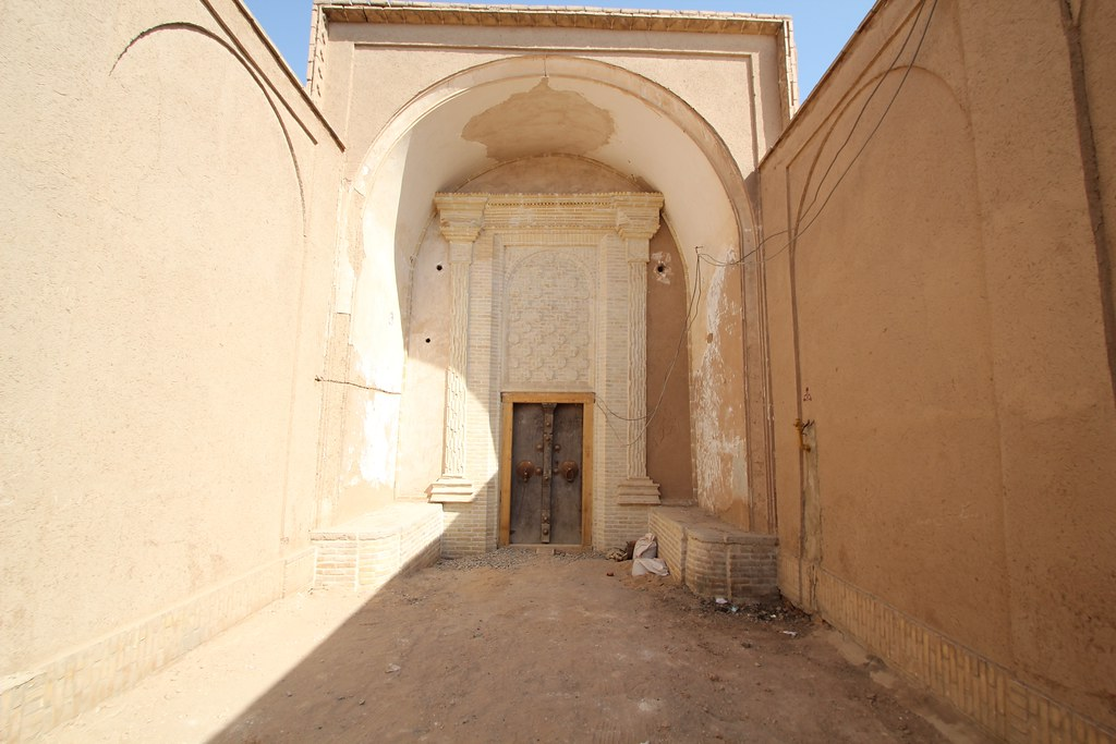Doorway in Yazd