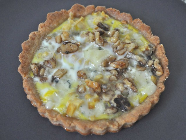 Gorgonzola-Apple Quiche with Walnuts
