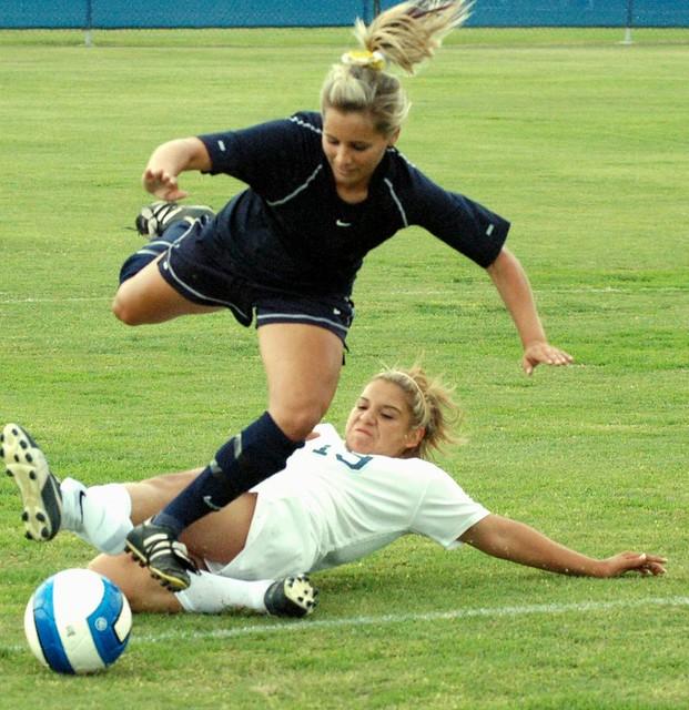 Women__s_Soccer_by_arivera626