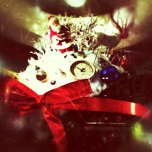 もうすぐ、(゚ω^*)ノ⌒☆ -=★ -=☆*Merry X'mas*☆ #iphonography #instagram #iphone4s