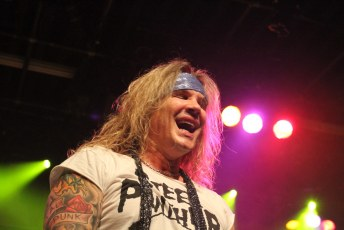 Steel Panther Commodore 7D-8805
