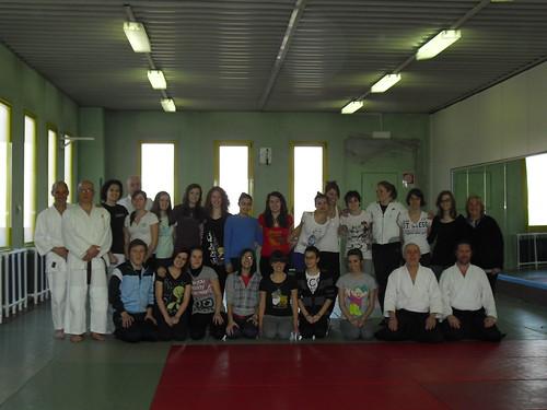 Aikido - school girl class