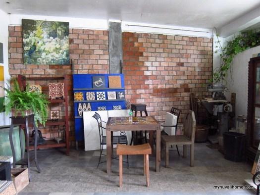 Malaga Tiles near Nuvali December 13,2011 (9)