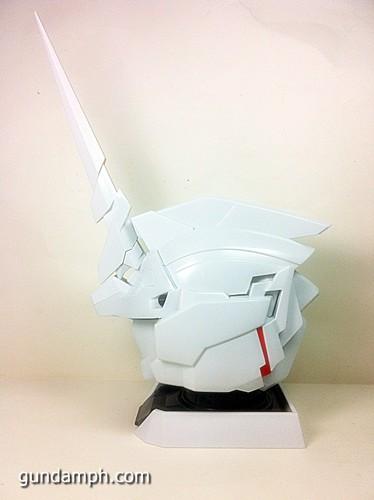 Banpresto Gundam Unicorn Head Display  Unboxing  Review (44)
