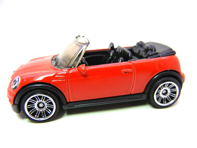 MATCHBOX MINI COOPER S CONVERTIBLE RED (2)