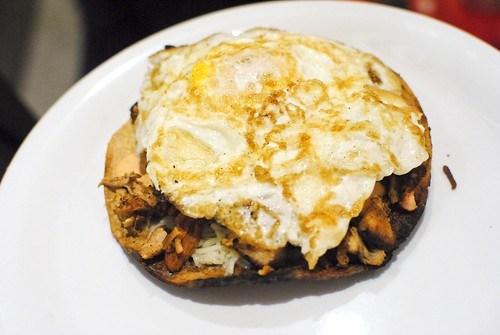 fried egg cachetada