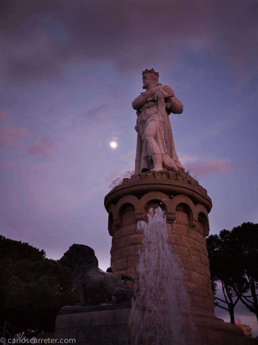 Luna velada