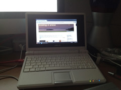 EEE PC 4G Running Peppermint