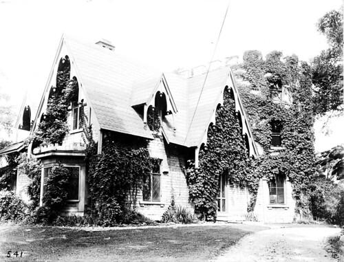 Peirce Homestead [Five Oaks]