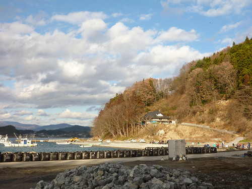 陸前高田で側溝泥上げボランティア(レーベン一号・信州号) Volunteer at Rikuzentakata, Destroyed by the tsunami of Great East Japan Earthquake