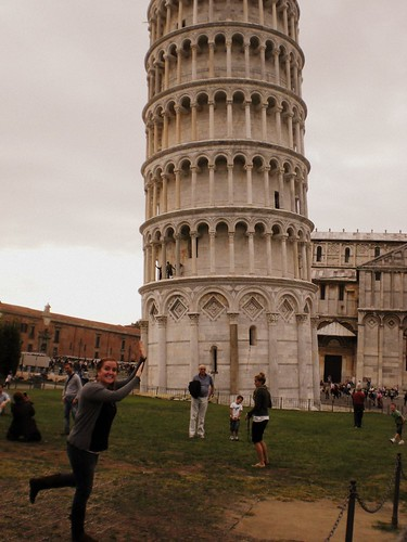 me leaning tower