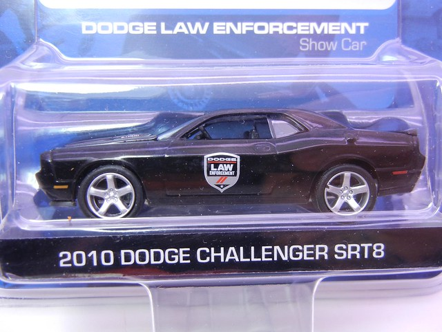 greenlight hot pursuit 2010 dodge challenger srt8 (2)