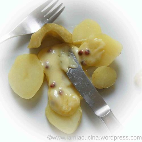 Raclette mit Gewürzgurke(n), altmodisch vignettiert