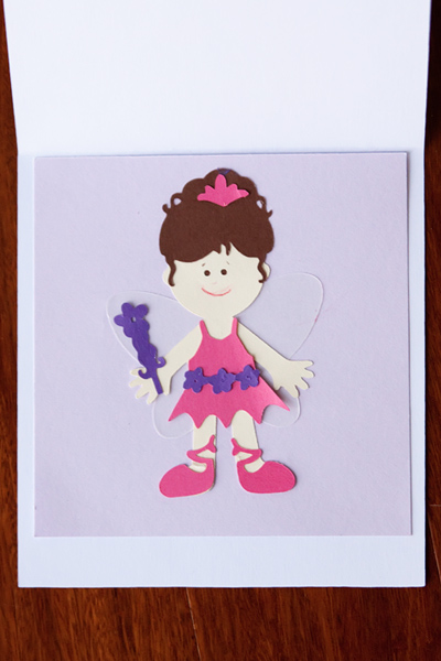 bella card inside