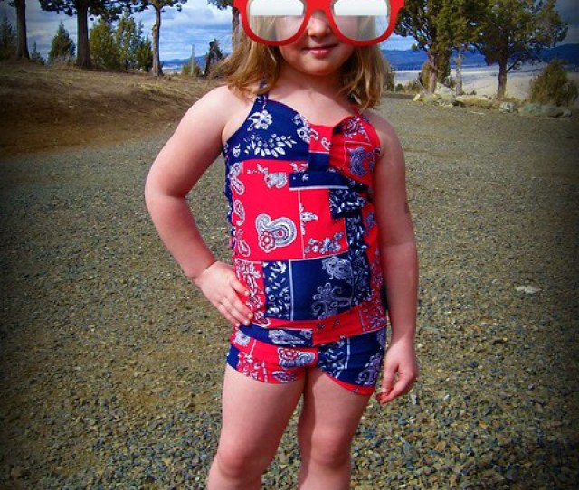 I Was Able To Test The New Santa Monica Sweetheart Tankini Pattern From Peek A Boo Pattern Shop This Little Number Has A Sweetheart Neck