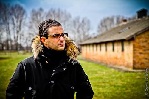 Arash Derambarsh - Devoir de mémoire - Voyage aux camps de concentration et d'extermination d'Auschwitz et Birkenau (Pologne) by Arash Derambarsh
