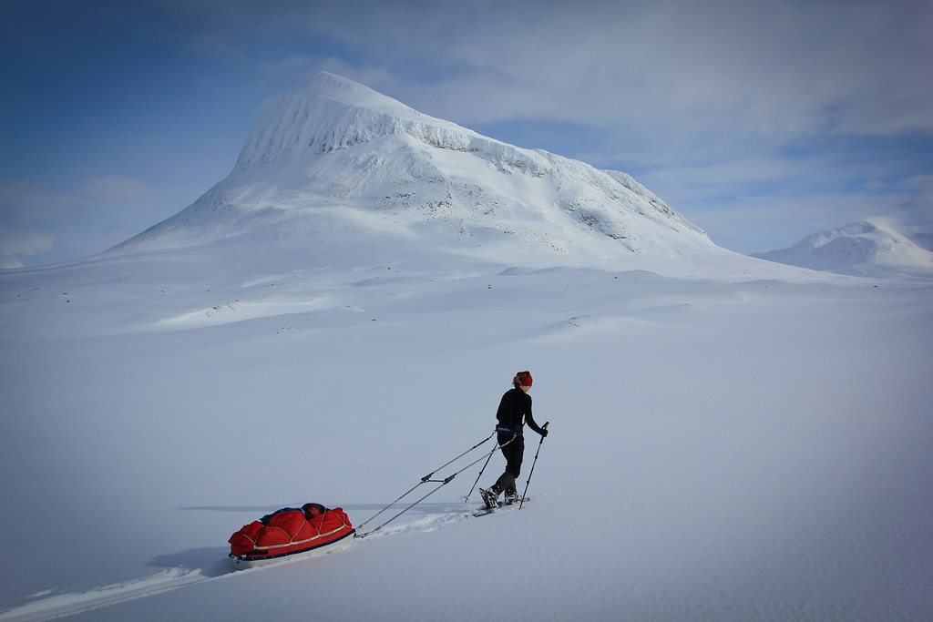 Entering the Sarek under the watchful eye of Niják (1922m)