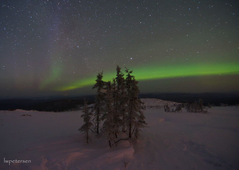 Aurora-and-cold-toes