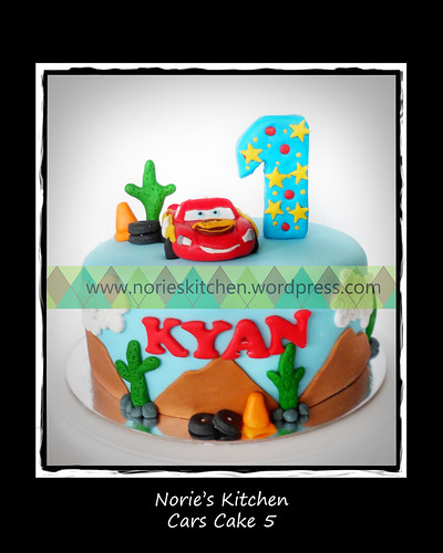 Norie's Kitchen - Cars Cake 5 by Norie's Kitchen