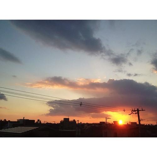 あ~ぁ、日が落ちちゃう。今日も一日、お疲れさまでした。#iphonography #instagram #iphone4s