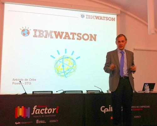 Antonio de Orbe, de IBM, en la charla que impartió acerca de IBM Watson.
