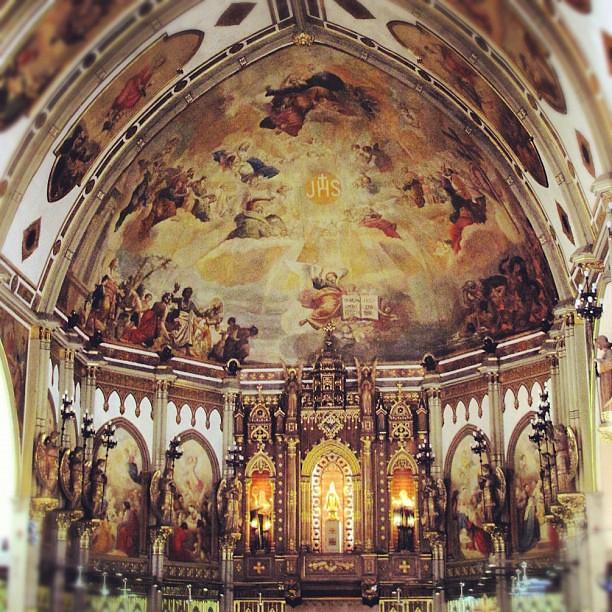 Inside the San Beda Chapel #visitaiglesia #holyweek #churches #popular #iger #instaphoto #instahub #instamatic #instagood #manila #philippines