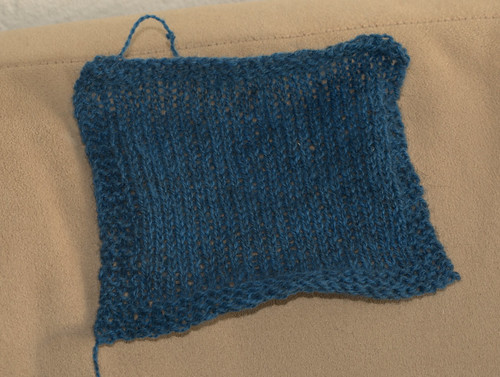 Swatch for cabled raglan