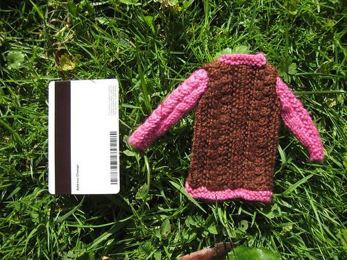2011_10_10_f_LillisBarbieCardigan_verysmall