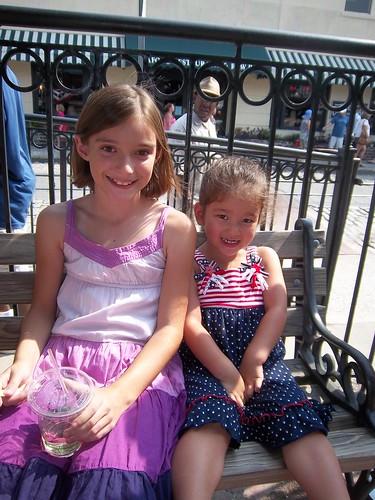 Elle & Lilah