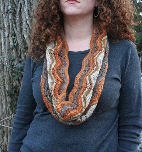 knitted :: Liquid Amber