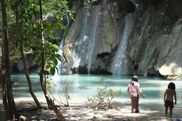 Kaangrian Falls