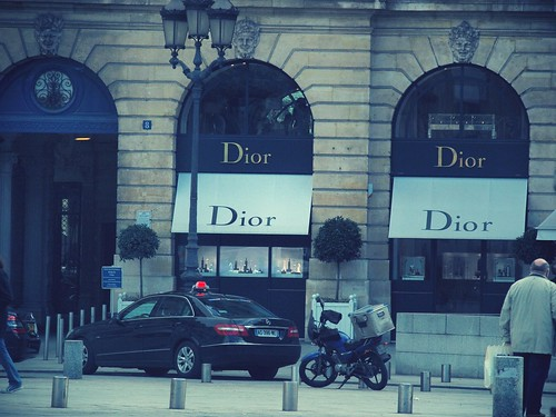 Dior_effected
