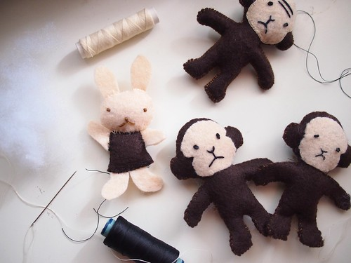 Felt Monkeys and Rabbit from Aranzi Aronzo's The Cute Book