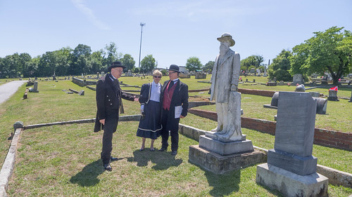 Laurens Cemetery Tour-14