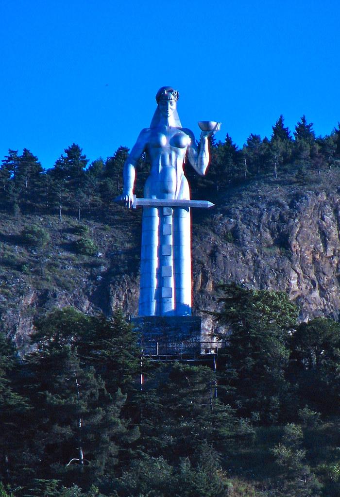 Kartlis Deda statue above Tbilisi